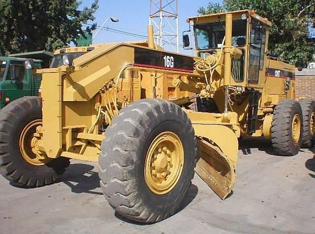 Motoniveladora Caterpillar 16G